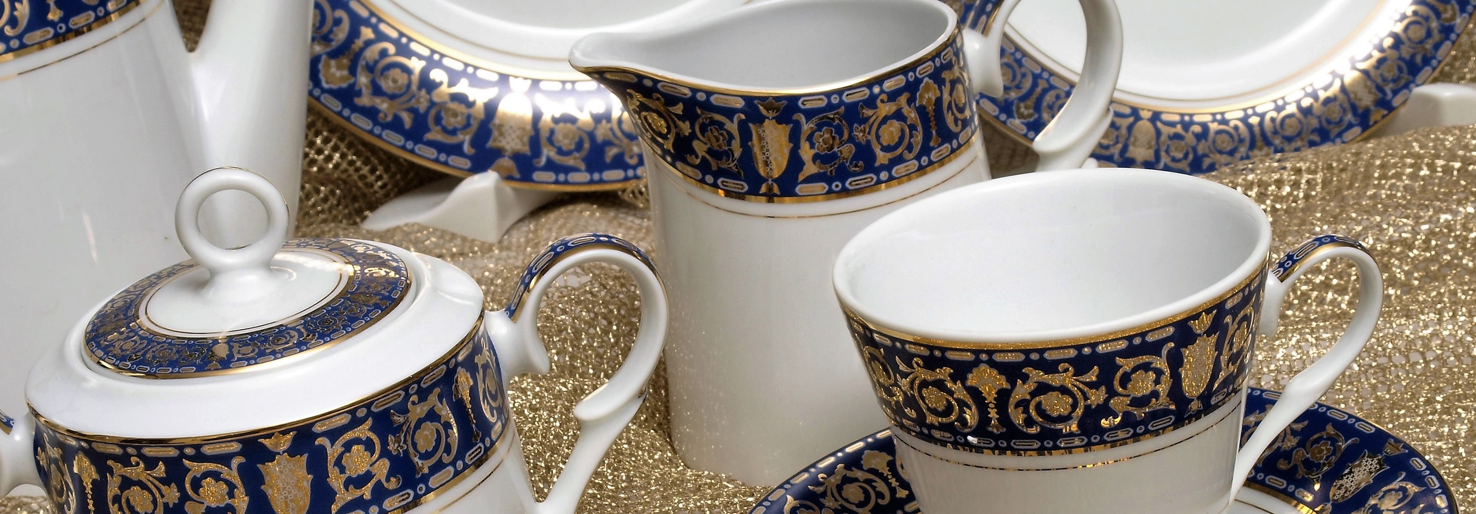 The Royal Blue 68 Piece Dinner Service The Design Dinner Set Collection